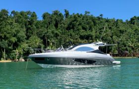 Schaefer Yachts - 375 Hard Top
